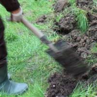 Épandre du compost